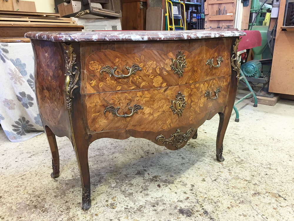 Commode Louis XV avant restauration