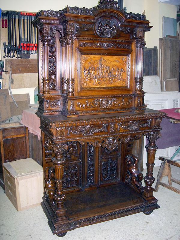 Restauration de meubles anciens en bois massif
