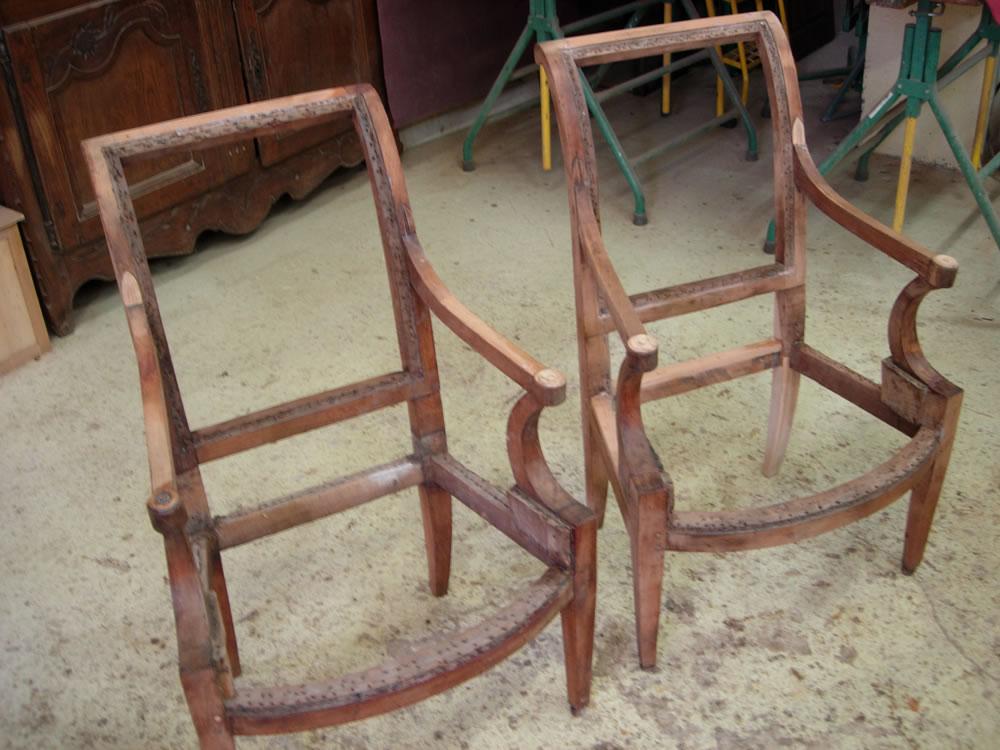 Réparation de fauteuils anciens et ponçage
