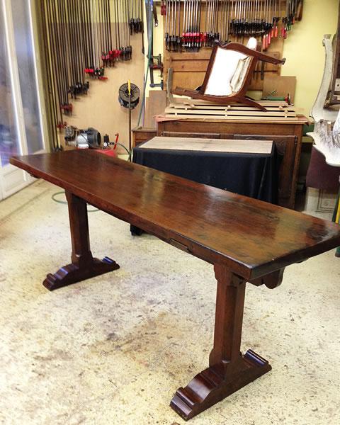 Table de couvent du 17ème restaurée