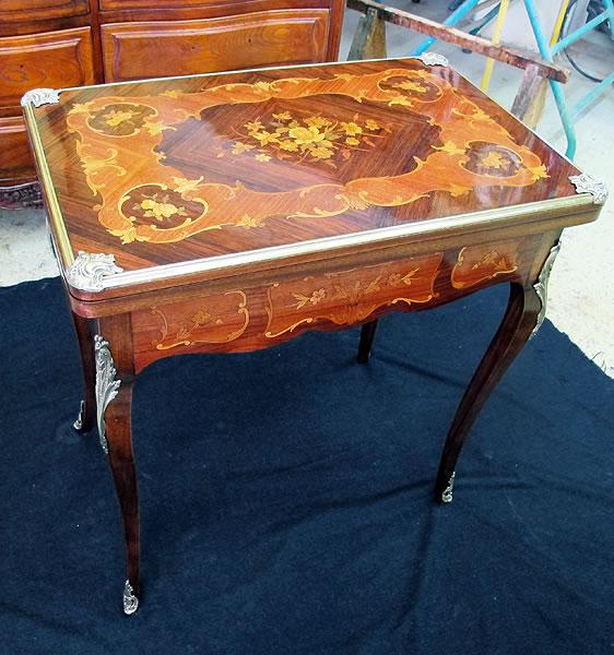 Restauration d'une table de jeu portefeuille