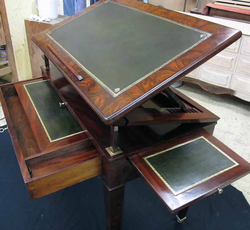 Restauration d'une table à la Tronchin époque Directoire